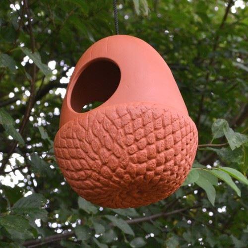 Acorn hanging bird feeder the home for Acorn feeder