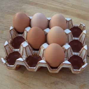 Picture of Pottery Egg Racks | 12 Eggs - Oatmeal glaze