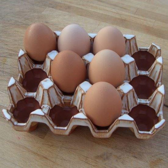 Picture of Pottery Egg Racks | 12 Eggs - Oatmeal glaze