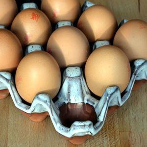 Picture of Ceramic Egg Holder | 12 Eggs - Oyster Glaze