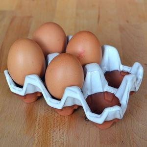 Picture of Ceramic Egg Holder | 6 Eggs - White Glaze
