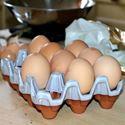 Picture of Ceramic Egg Holder - 12 Eggs - White