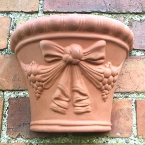 Picture of Ribbon Wallpot